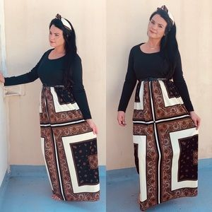 Vintage Long Sleeve Maxi Dress with Scarf
